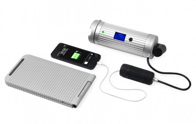 Powermonkey Expedition - wasserdichtes 12V + USB Ladegerät