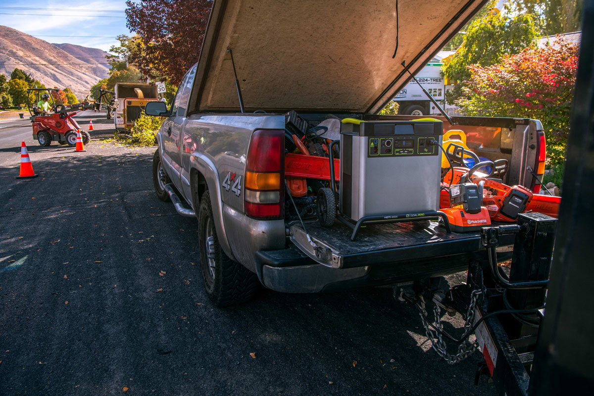 Yeti 6000X Kit mit Boulder 200 Briefcase