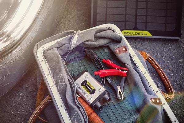 Guardian 12V + Boulder 15 Solar Recharging Kit