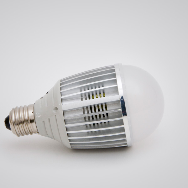 Green Power LED Nichia High-Power Globe E27 13W 180°
