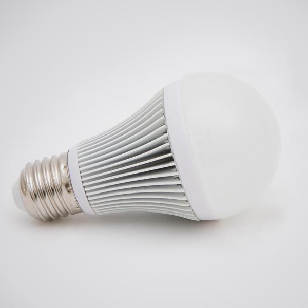 Green Power LED SMD-Globe E27 4,5W 180°