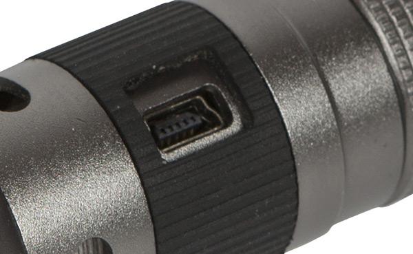 Bolt Focus LED Taschenlampe