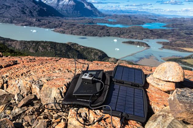 PowerTraveller Powergorilla + Solargorilla Notebook Solarladegerät