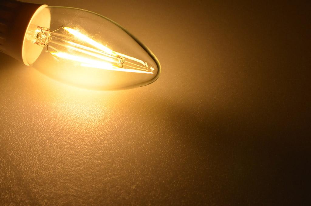 Green Power COB Fadenlampe E14 Kerze 3,3W, EEK: A+